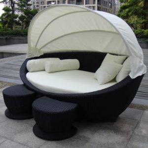 Outdoor Garden Beach Chairs Rattan Pool Furniture Wicker Deck Chair Sunbed Lying Lounge Bed pictures & photos