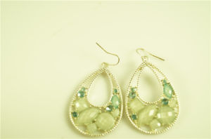 Fashion Teardrop Shaped Alloy Earring with Acrylic Stone pictures & photos