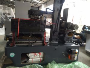 CNC Single Wire Cutting EDM Machine with Controller pictures & photos