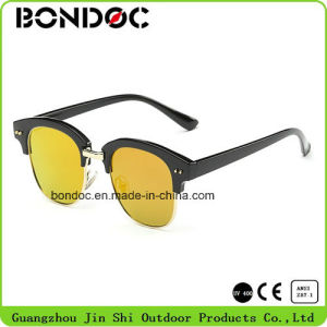 Classical Hot Selling Metal Sunglasses (C038) pictures & photos