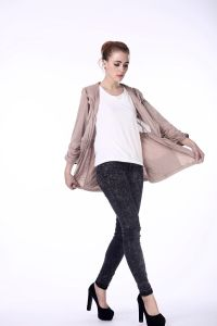 OEM Style Women Leisure Outdoor Hoody Knit Spring Coat pictures & photos