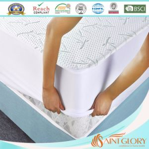 Bamboo Plush Cooling King Mattress Protector with Fitted Skirt pictures & photos