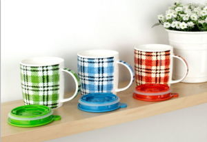 Wholesale 11oz Inside Color Outside White Ceramic Mug pictures & photos