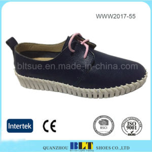 Rubber Outsole Low-Cut Leather Upper Women Shoe pictures & photos