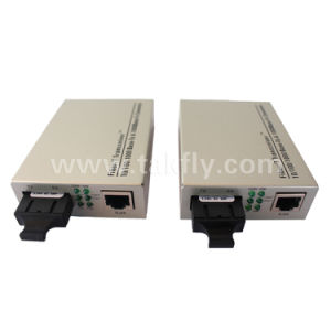 10/100/1000m 20 Km Fiber Single Model Optical Ethernet Media Converter pictures & photos