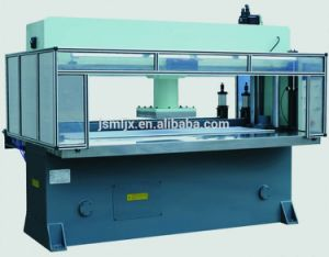 Hot Sand Paper Hydraulic Automatic Die Cutting Machine pictures & photos