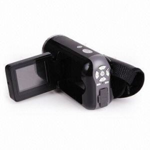 Digital Video Camcorder, Built-in Microphone with 1.5-inch TFT LCD Monitor