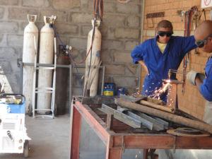 Cutting Thickness 3-40mm Oxy-Petrol Cutting Torch System Gasoline Cutting Machine (GY30C)