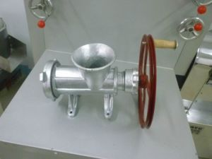 32# Manual Sliver Painted Meat Mincer With Belt Pullay