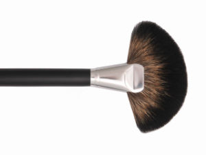 Large Fan Makeup Brush in Natural Hair for Loose Powder pictures & photos