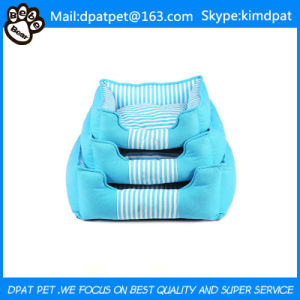 Comfortable and Soft China Sofa Bed Luxury Pet Dog Beds pictures & photos