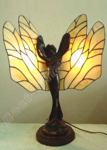 Butterfly Tiffany Art Lamp (NL003) pictures & photos