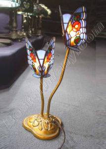 Butterfly Tiffany Art Lamp (956) pictures & photos
