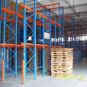 Industrial Warehouse Heavy Pallet Shelf Drive in Racking pictures & photos
