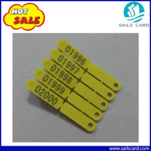 74*8mm Customized Color/Printing Plastic Sheep Ear Tags pictures & photos
