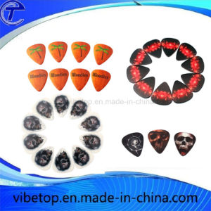 DIY Creative Different Guitar Picks pictures & photos