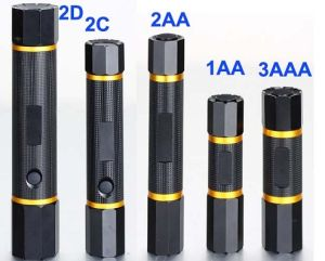 New Design CE Cerficated High Power 2D Flashlight pictures & photos