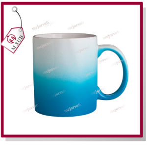 Wholesale 11oz Sublimation Printed Gradient Mug with Different Colors pictures & photos