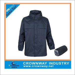 Custom Black Running Lightweight Waterproof Jacket for Men pictures & photos