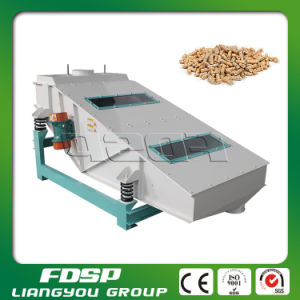 Easy Operation Wood/Sawdust/Straw Pellet Screener Machine pictures & photos
