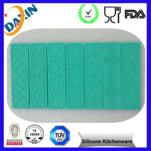 Various OEM Design Silicone Lace Cake Mould Candy Mold pictures & photos