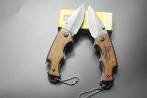 Outdoor Climbing Survival Folding Knife pictures & photos