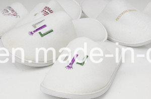 Emborider Logo Five Star Hotel Washable Velour Slipper pictures & photos