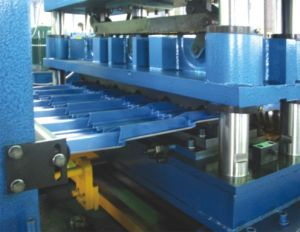 Roll Forming Machine for Roof pictures & photos