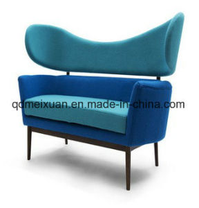Solid Wood Sofa Cloth Art Sofa Classical European and American Shells Denmark Boreal Europe Furniture Sofa Two People (M-X3677) pictures & photos