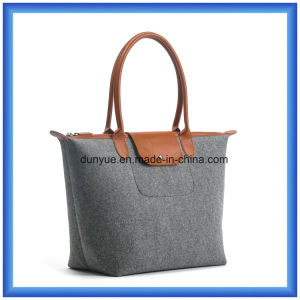 Eco-Friendly Wool Felt Portable Shopping Hand Bag, Customized Promotion Tote Handle Bag with Zipper Closing (wool content is 70%) pictures & photos