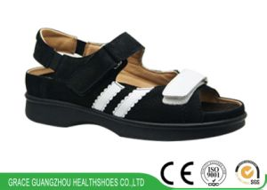 Grace Health Shoes Diabetic Shoes with Open Design pictures & photos