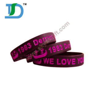 Wholesale Pure Color Silicone Wristband with Your Logo pictures & photos