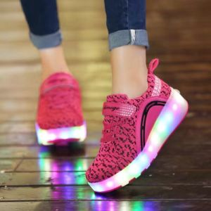 Child Heelies Jazzy Junior Girls Boys LED Light Roller Skate Shoes for Children Kids Sneakers with Wheels Pink pictures & photos