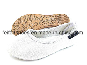 New Design Baby Canvas Shoes Slip-on Footwear Shoes (FFBB1230-03) pictures & photos