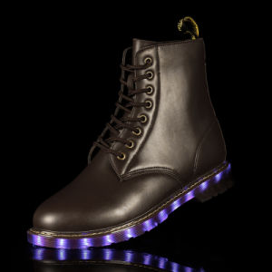 LED Flashing Light up Woman Boots 2017 Winter, Womens Leather Boots pictures & photos