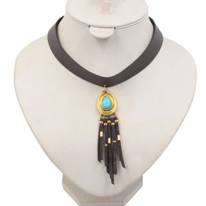 Fashion Dream Catch Turquoise Tassel Short Leather Choker Necklace Jewelry pictures & photos