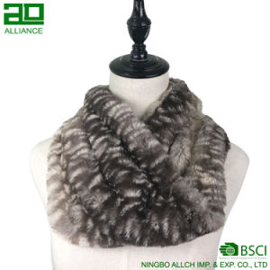 Winter Warm Faux Fur Infinity Scarf pictures & photos