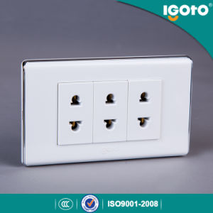 2 Pin Socket with PC Copper Material pictures & photos