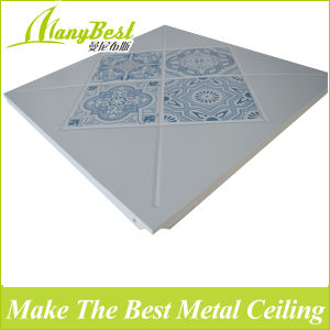 600*600 New Pattern Clip in Industrial Aluminum Ceiling pictures & photos