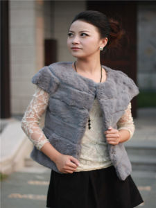 Women′s Fashion Fur Coat OEM, Fashion, New Styles pictures & photos
