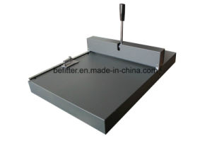Office Manul Paper Creasing Machine With Paper machine pictures & photos