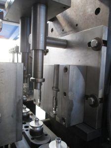 300ml Bottles Automatic Pet Blow Molding Machine pictures & photos