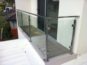 High Quality Glass Fixing Balustrade Glass Railing pictures & photos