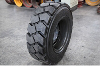 40X12.5-20 28/32ply Tire, Underground Mining Tyre, OTR Tire pictures & photos