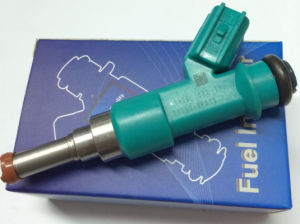 Fuel Injector (23250-0P010) for Toyota pictures & photos