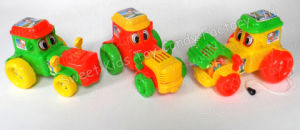 Cartoon Tractor Toy Candy (130608) pictures & photos