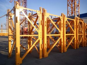 L68b2 Split Tower Crane Mast Section for Sale pictures & photos
