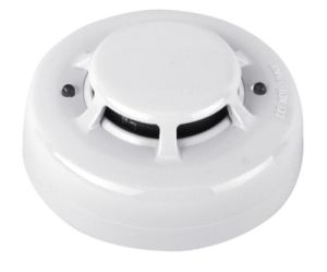 CE Approved 2 Wire or 4 Wire Smoke Detector pictures & photos