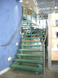 Interior Decorative Tempered Laminated Safety Glass Stairs pictures & photos