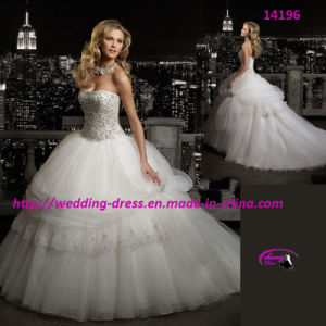Embodiment Exquisite Dolce Wedding Bridal Dress with Beaded pictures & photos